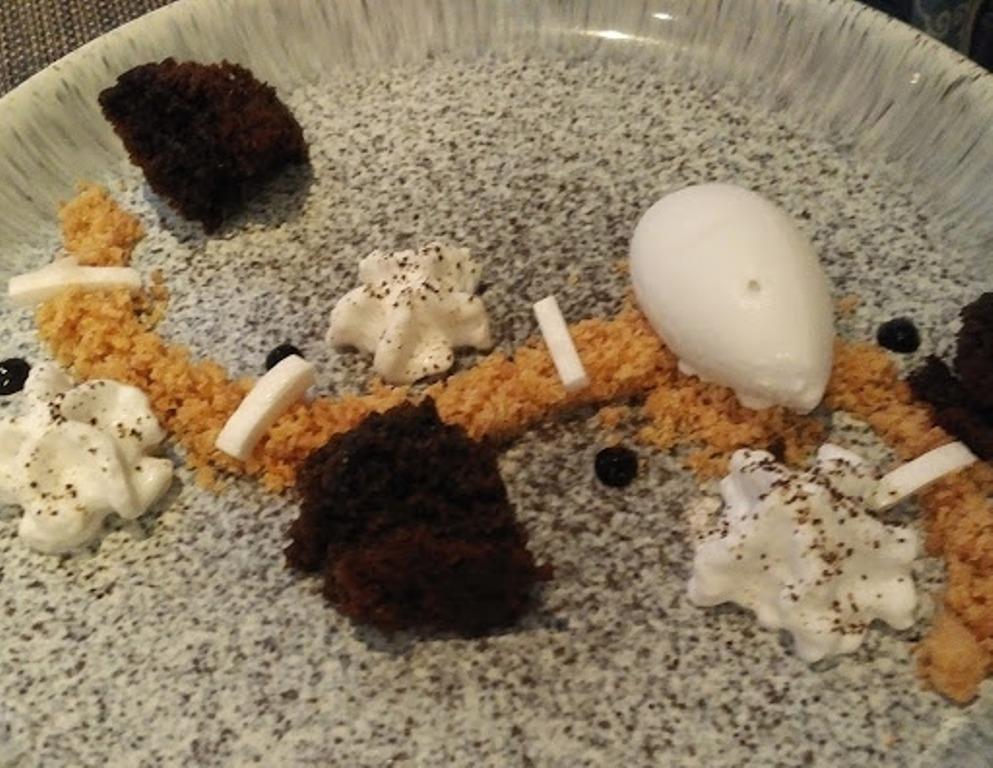 Vanilla Black food 3