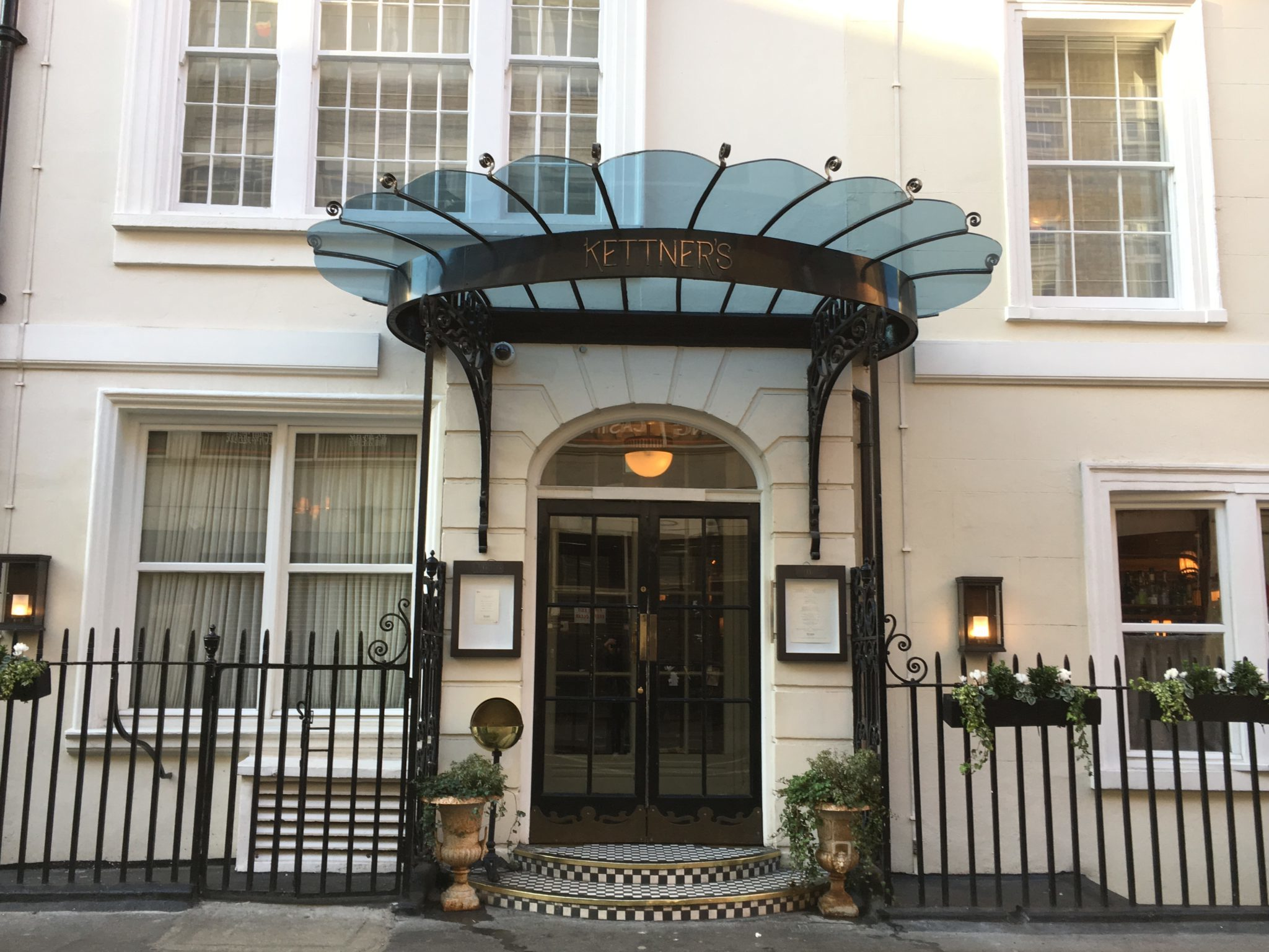 Kettner's Townhouse exterior