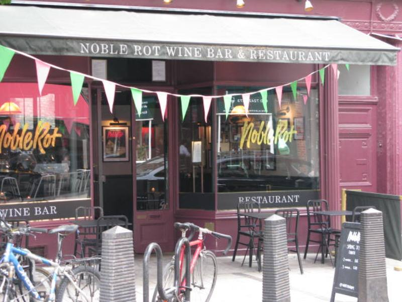 Noble Rot Exterior